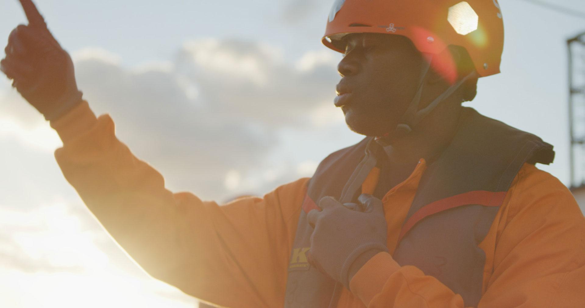 Seenotrettungseinsatz von Sey Eye bei Sonnenaufgang